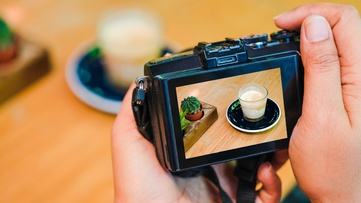 ROLES OF PRODUCT PHOTOGRAPHY ON DIFFERENT PLATFORMS